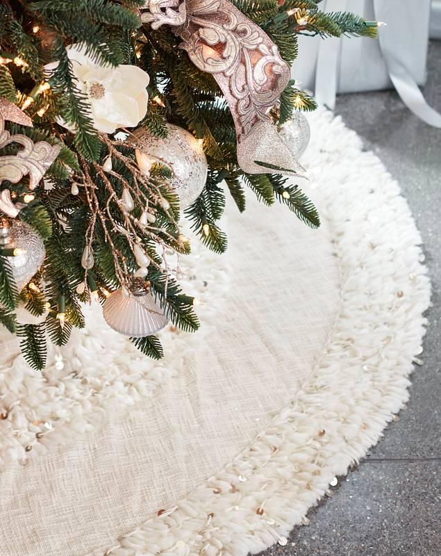 Juliette Fringed Tree Skirt by Balsam Hill SSC 10