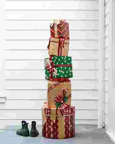 Outdoor Fiber Optic Dazzling Stacked Presents by Balsam Hill Lifestyle 10