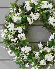 Outdoor White Rhapsody Wreath by Balsam Hill SSCR 10