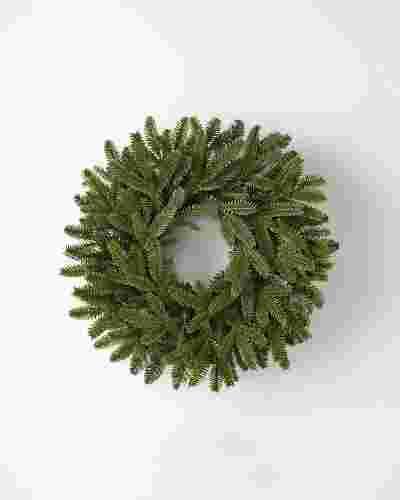 18 inches unlit BH Fraser Fir Wreath by Balsam Hill SSC