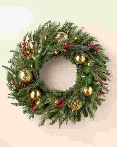 Pine Peak Holiday Wreath LED Clear 28 Inches by Balsam Hill SSC 10