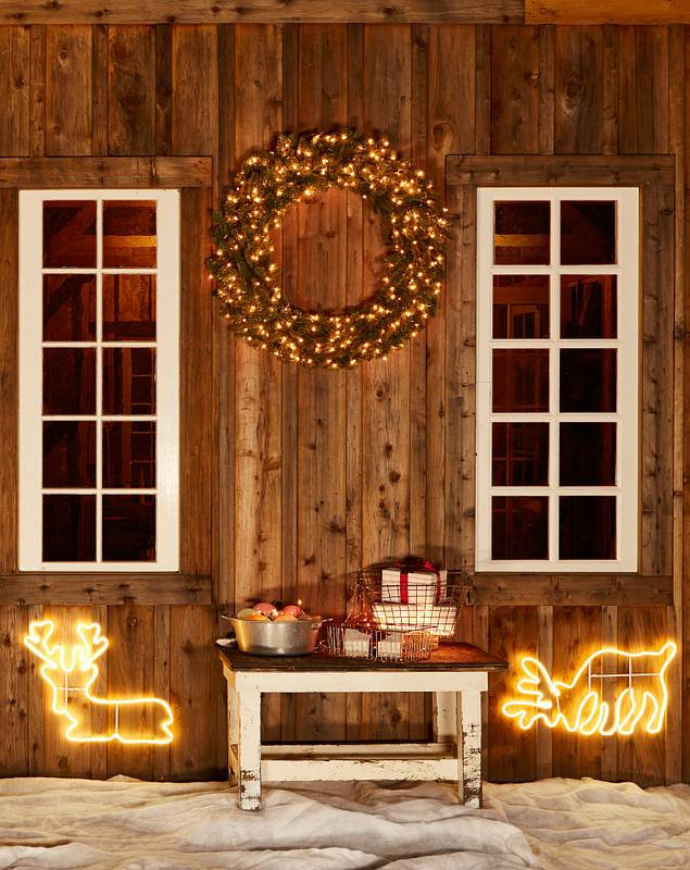 Outdoor LED Holiday Silhouettes by Balsam Hill Lifestyle 10