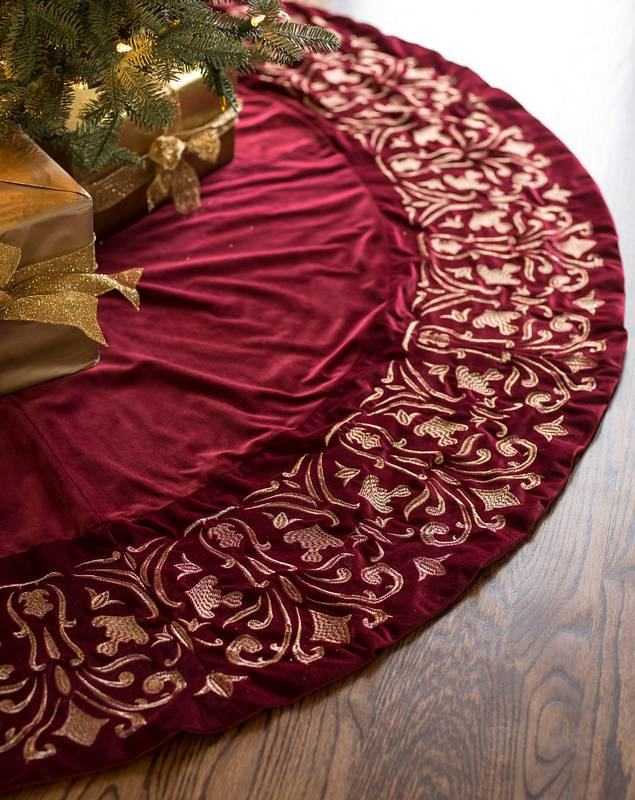 Wine Luxe Embroidered Velvet Tree Skirt by Balsam Hill SSC 10