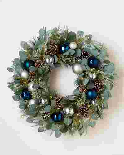 Morning Frost Wreath by Balsam Hill SSC