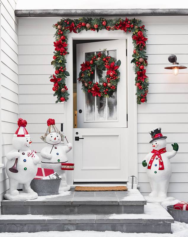Outdoor Festive Poinsettia Foliage by Balsam Hill Lifestyle 10