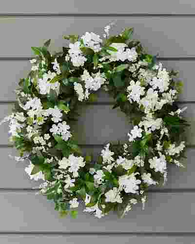 Outdoor White Rhapsody Wreath by Balsam Hill SSC 10