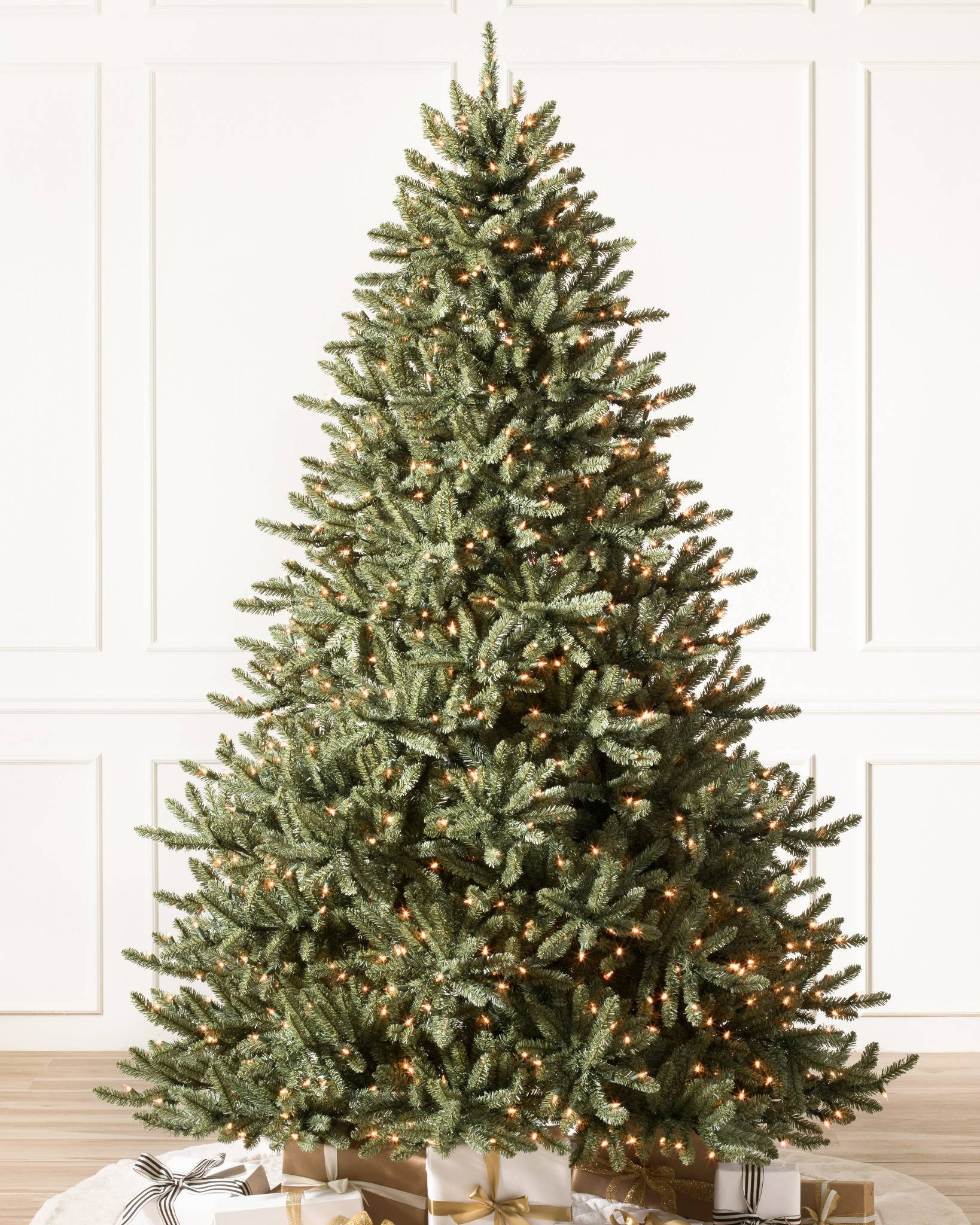 Shop CLASSIC BLUE SPRUCE from Balsam Hill on Openhaus