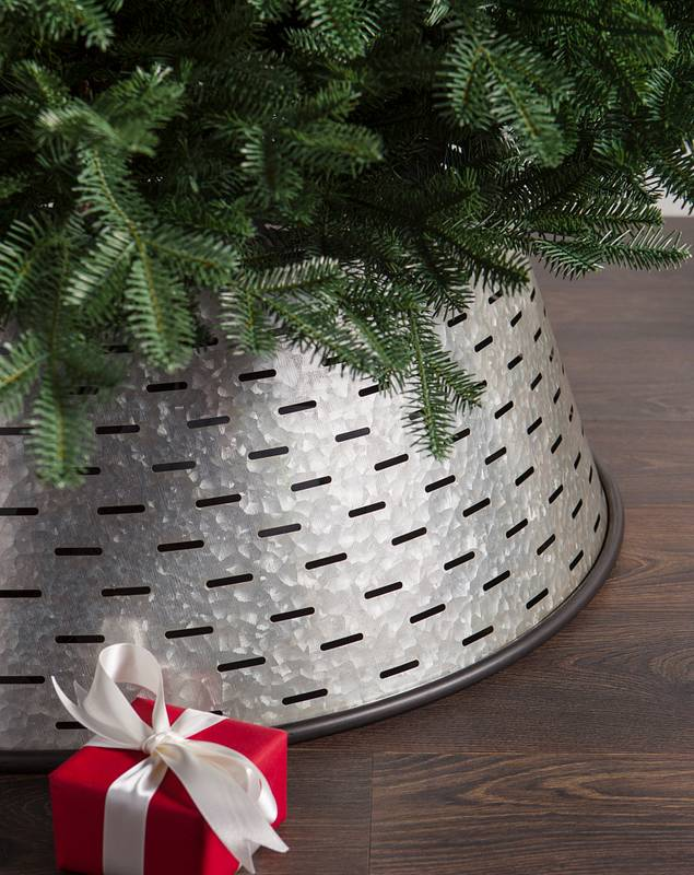 Olive Bucket Tree Collar by Balsam Hill SSC
